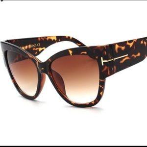 Accessories - Oversized Cat Eye Sunglasses